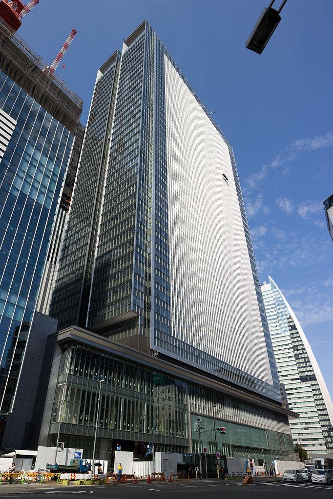 JP_Tower_Nagoya_201509
