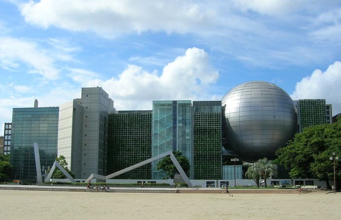 Nagoya_City_Science_Museum-june_2011